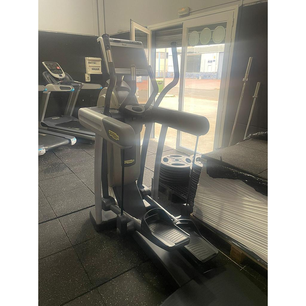 TECHNOGYM VARIO EXCITE CON TV
